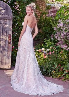 Buy discount Elegant Tulle & Lace Strapless Neckline Sheath Wedding Dresses With Lace Appliques at Magbridal.com