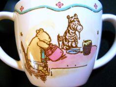 Disney Winnie the Pooh Cup 2 Handles Ceramic Inside Bear Charpente Design Honey #Disney