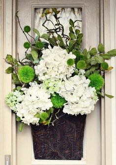 Ideas Spring Door Decorations House Front Porches Flower For 2019 Front Door Decor, Wreaths For Front Door, Front Doors, St. Patricks Day, Spring Door, Saint Patrick, Diy Wreath, Wreath Ideas, Grapevine Wreath