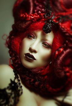 Klaar voor verzending Ariels weven Mermaid Hunger Games Geïnspireerd kunst pruik hoofdtooi hoofddeksel avant garde fantasie fee synthetisch haar