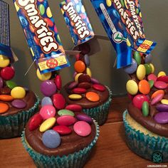 Cupcakes anti-gravité aux Smarties - Gravity Cupakes. Le Bar à Idées