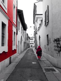 Red Loneliness