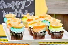 Sombrero topped cupcakes at a Fiesta #fiesta #cupcakes
