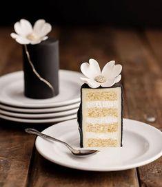 Pretty Cakes, Cute Cakes, Beautiful Cakes, Amazing Cakes, Yummy Cakes, Cupcake Torte, Cake Recipes, Dessert Recipes, Petit Cake
