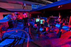 Experiment am Fermilab untersucht, ob wir in einem 2D-Hologramm leben  http://grenzwissenschaft-aktuell.blogspot.de/2014/08/experiment-am-fermilab-untersucht-ob.html  Abb.: Fermilab