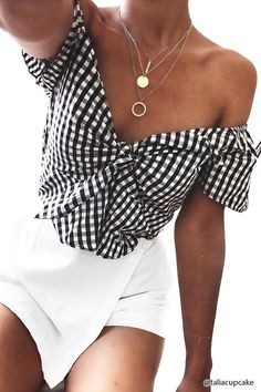 Product Name:Gingham Peplum Crop Top, Category:CLEARANCE_ZERO, Price:17.9
