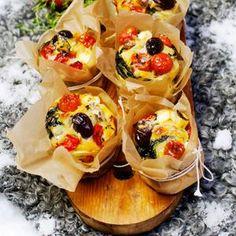 Matmuffins med tomat och feta
