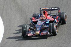 P18: Vitantonio Liuzzi (ITA) - Toro Rosso-Ferrari STR2 - 3 Points #motorsport #racing #f1 #formel1 #formula1 #formulaone #motor #sport #passion