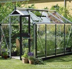 Juliana Compact 7 x 9 Greenhouse