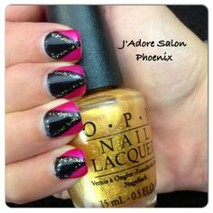 Get the evil Evanora's look with this Oz inspired Gel Nail Art!