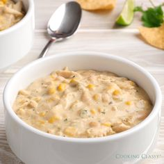 Sep 2019 - Creamy, hearty and flavorful white chicken chili! This is my absolute favorite white chicken chili recipe! Deliciously seasoned and perfectly satisfying. Crockpot Recipes, Chicken Recipes, Cooking Recipes, Healthy Recipes, Healthy Soup, Chicken Bean Recipe, Hamburger Recipes, Barbecue Recipes, Healthy Chicken
