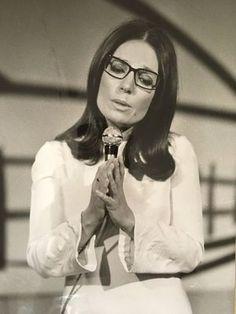 Just Jaeckin - Nana Mouskouri II Her Music, Good Music, Nana Mouskouri, Diva, Singer, Art Gallery, Singers, Divas, Godly Woman