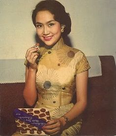 qipao pattern vintage Asian cheonsam style dress fashion photo girl print found tan 50s 60s