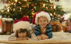 Fidanzato/a, mamma e papà, i piccoli di casa, i parenti, gli amici... per fare dei bei regali di Natale servono tante idee originali!Questa infografica è uno strumento utile e divertente che potete utilizzare per trovare regali di Natale perfetti e adat