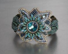 Gratis Versand Perlen-Stickerei Armband Manschette von Vicus