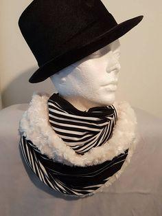 Foulard infini, infinity  rayé et Minky poils long, prêt à partir Etsy, Fashion, Handmade, Infinity Symbol, Scarf Head, Products, Hands, Moda, Fashion Styles