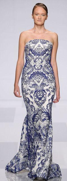 Allure! Designer Gown Tony Ward Haute Couture  Dress