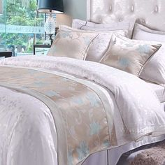 New style luxury for all hotel bed runner