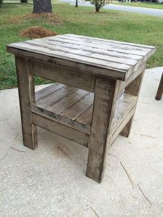 39 Trendy Ideas For Diy Table Wood Outdoor Mesas Farmhouse End Tables, Rustic End Tables, Diy End Tables, Diy Table, Wood Tables, White Farmhouse, Dining Tables, Side Tables, Coffee Tables