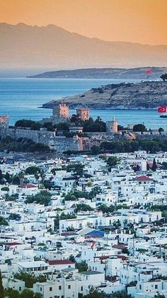 Bodrum TURKEY South Florida, Visit Turkey, Turkish Beauty, Peaceful Places, Come And See, Istanbul Turkey, Four Seasons, Continents, Lights