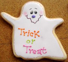 Very sweet ghost cookie
