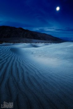Desert nights under a full moon - #morocco #sahara #desert Maroc Désert Expérience tours http://www.marocdesertexperience.com