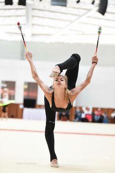 <<Aleksandra Soldatova (Russia)>> Rhythmic Gymnastics Training, Gymnastics Moves, Gymnastics Flexibility, Amazing Gymnastics, Gymnastics Photos, Gymnastics Photography, Artistic Gymnastics, Rhythmic Gymnastics Leotards, Gymnastics Costumes