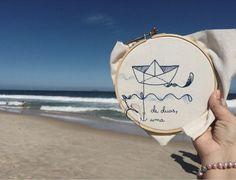 Neste fim de semana teve #bordadoviajante no Rio de Janeiro. A gente segue a semana na paulicéia com o barulhinho do mar na memória  #clubedobordado #semprecirculo