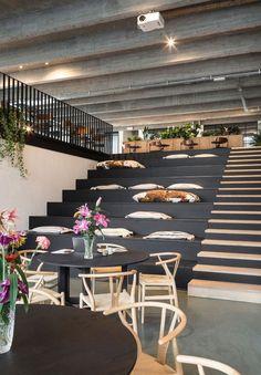 Renaissance Office: Fosbury & Sons erfindet den Arbeitsbereich in Antwerpen neu   Yatzer,  #antwerpen #arbeitsbereich #erfindet #fosbury #office #renaissance #yatzer
