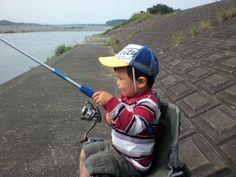 先日、近くの川に初めて釣りに行った時の写真です。(ニックネーム:ゆうたPapaさん)