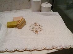 Napkins, Towel, Tableware, Trough Sink, Dinnerware, Towels, Dishes, Napkin, Place Settings