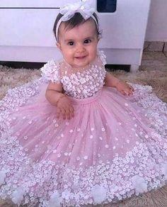 Flower Girls, Pink Flower Girl Dresses, Girls Tutu Dresses, Tutus For Girls, Little Girl Dresses, Tutu Skirts, Baby Girl Birthday Dress, Baby Girl Party Dresses, Birthday Dresses