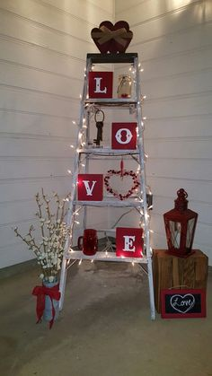 100 adorable DIY decorating ideas for Valentine& Day that make . - 100 adorable DIY Valentine& Day decoration ideas that will make your house cute and romantic . 100 adorable DIY Valentine& Day decoration ideas that will make your house cute My Funny Valentine, Valentines Day Party, Valentine Day Crafts, Holiday Crafts, Saint Valentine, Valentine Ideas, Valentine Backdrop, Romantic Valentines Day Ideas, Valentines Sweets