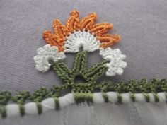 Crochet Edging Patterns, Border Design, Diy And Crafts, Lily, Handmade, Gardening, Flower Fabric, Flowers, Crochet Stitches