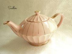 Vintage Pink Sadler Aladdin Teapot 1930s 1940s Large #2364