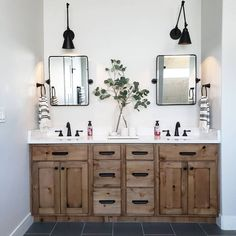 Beautiful master bathroom decor tips. Modern Farmhouse, Rustic Modern, Classic, light and airy master bathroom design tips. Bathroom makeover suggestions and bathroom renovation suggestions. Bathroom Renos, Bathroom Shelves, Bathroom Organization, Bathroom Storage, Bathroom Ideas, Remodel Bathroom, Bathroom Renovations, Bath Ideas, Bathroom Designs