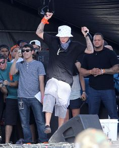 Pin for Later: Wait, What Is Justin Bieber Doing at Coachella?