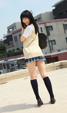 Pin on 女の子 « Luna Margarin - 美しさ School Girl Japan, Japanese School Uniform Girl, School Uniform Fashion, School Girl Dress, School Uniform Girls, Japan Girl, Beautiful Japanese Girl, Beautiful Asian Girls, Girl Outfits