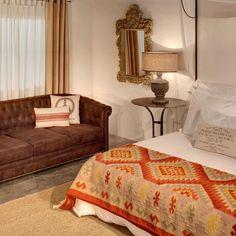 Yo después de tanta fiesta y tanta comilona, me pasaba el día de la cama al sofá, del sofá a la cama. #sofa #cama #decoracion #deco #navidad #fiestas #descanso  http://elmercadodemaria.com/comprar-sofas/