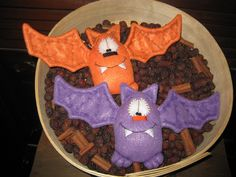 Primitive Hand crafted Halloween Set of 2 Bat Ornies Tucks Shelf Sitters by GooseNBerryCorners on Etsy https://www.etsy.com/listing/107776800/primitive-hand-crafted-halloween-set-of