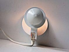 Vtg 1970s Minimalist White Circle Wall Lamp Sconce danish Modern Panton AJ PH era: http://www.ebay.com/itm/-/253163505957?