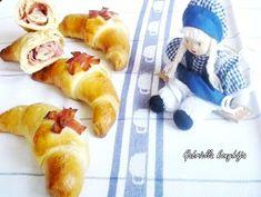 Gabriella kalandjai a konyhában :): Görög sós kifli (sonkás töltelékkel) Pancakes, Breakfast, Food, Morning Coffee, Essen, Pancake, Meals, Yemek, Eten