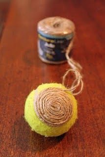 Jute decorative vase filler balls - used tennis balls in the middle Cute Crafts, Crafts To Do, Diy Crafts, Burlap Crafts, Diy Projects To Try, Craft Projects, Craft Ideas, Decorating Ideas, Yule