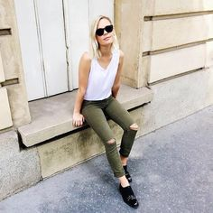 42 Best Ideas Hipster Outfit Jeans to Beautify Your Style - Artbrid - Hipster Outfits, Hipster Fashion, Jean Outfits, Denim Fashion, Casual Outfits, Women's Fashion, Outfit Jeans, Mid Rise Skinny Jeans, Skinny Legs