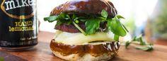 Graham Elliot's update on the classic American burger