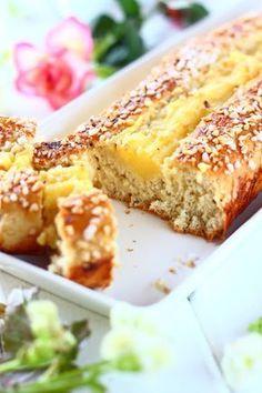Munaton pannupulla Pulla Recipe, Sweet Buns, Bread Bun, Bun Recipe, Sweet Pastries, Desert Recipes, Sweet Bread, No Bake Cake, Food Inspiration