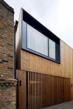 minimal building (https://www.pinterest.com/AnkAdesign/urban-character/)