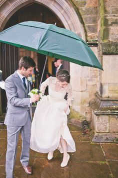 Bride and groom from a Rainy Day Beautiful Castle Wedding | Photography by http://sarahjaneethan.co.uk/