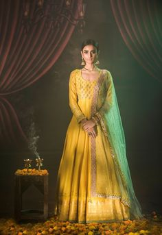 Buy beautiful Designer fully custom made bridal lehenga choli and party wear lehenga choli on Beautiful Latest Designs available in all comfortable price range.Buy Designer Collection Online : Call/ WhatsApp us on : Indian Attire, Indian Wear, Ethnic Fashion, Indian Fashion, Indian Dresses, Indian Outfits, Anarkali Frock, Bridal Anarkali Suits, Bridal Lehenga