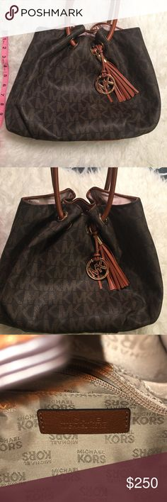 AuthenticMichael Kors Brown Bag! Beautiful MK PURSE LIKE NEW! Michael Kors Bags Totes